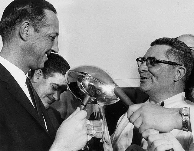 NFL Super Bowl - Vince Lombardi Trophy